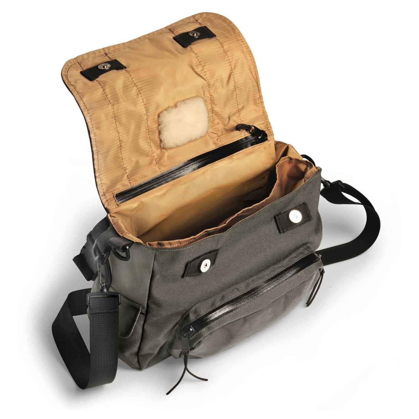 Fisk bag by timesnine fly fishing gear bag for Fly fishing backpack